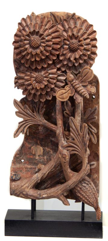 Chrysanthemum and butterfly carving